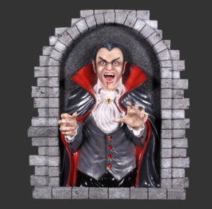 H-140103 Dracula Wall Decor