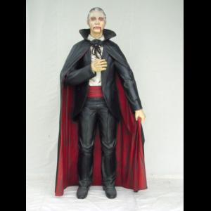 1429 Dracula Life Size