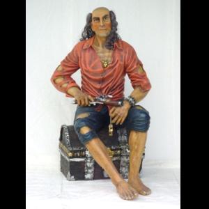 1540 Pirate op Schatkist - Piraat