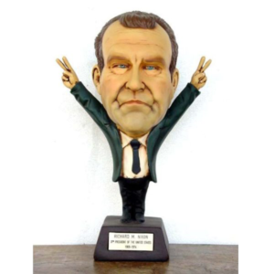 1785 37th President Richard M Nixon - Big Head