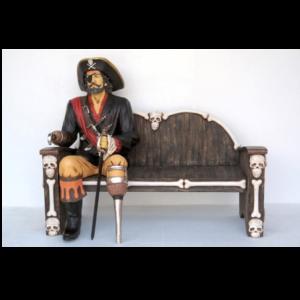 2447-A Pirate Sitting - Piraat