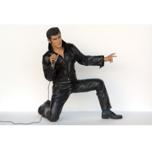 2767  Rock & Roll Singer Kneeling - Elvis Presley