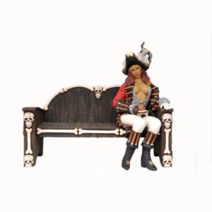 2447-C PIRATE FEMALE SITTING - Pirate